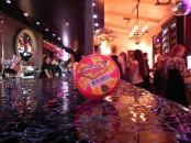 JQ бар, Хендгам, хамелеон, handgum